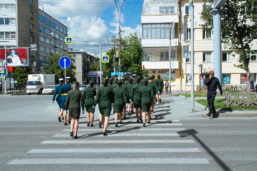 Фото Парад Победы в Новосибирске: лучшие кадры с закрытой от зрителей репетиции 21