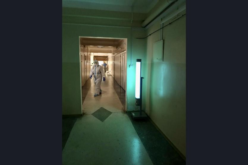 фото В Новосибирске ещё одну больницу перепрофилировали под коронавирусный госпиталь 3