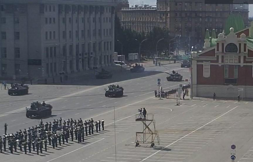 фото В Новосибирске началась репетиция парада Победы 19