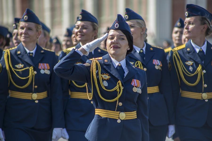Фото Парад Победы в Новосибирске: лучшие кадры с закрытой для зрителей площади Ленина 3