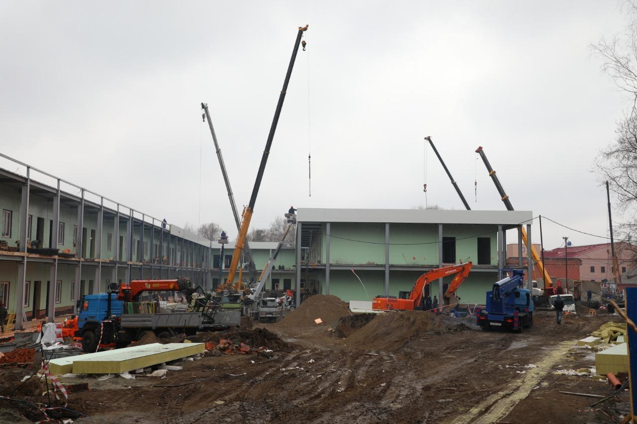 фото Военный госпиталь в Новосибирске начнёт принимать жителей области 2