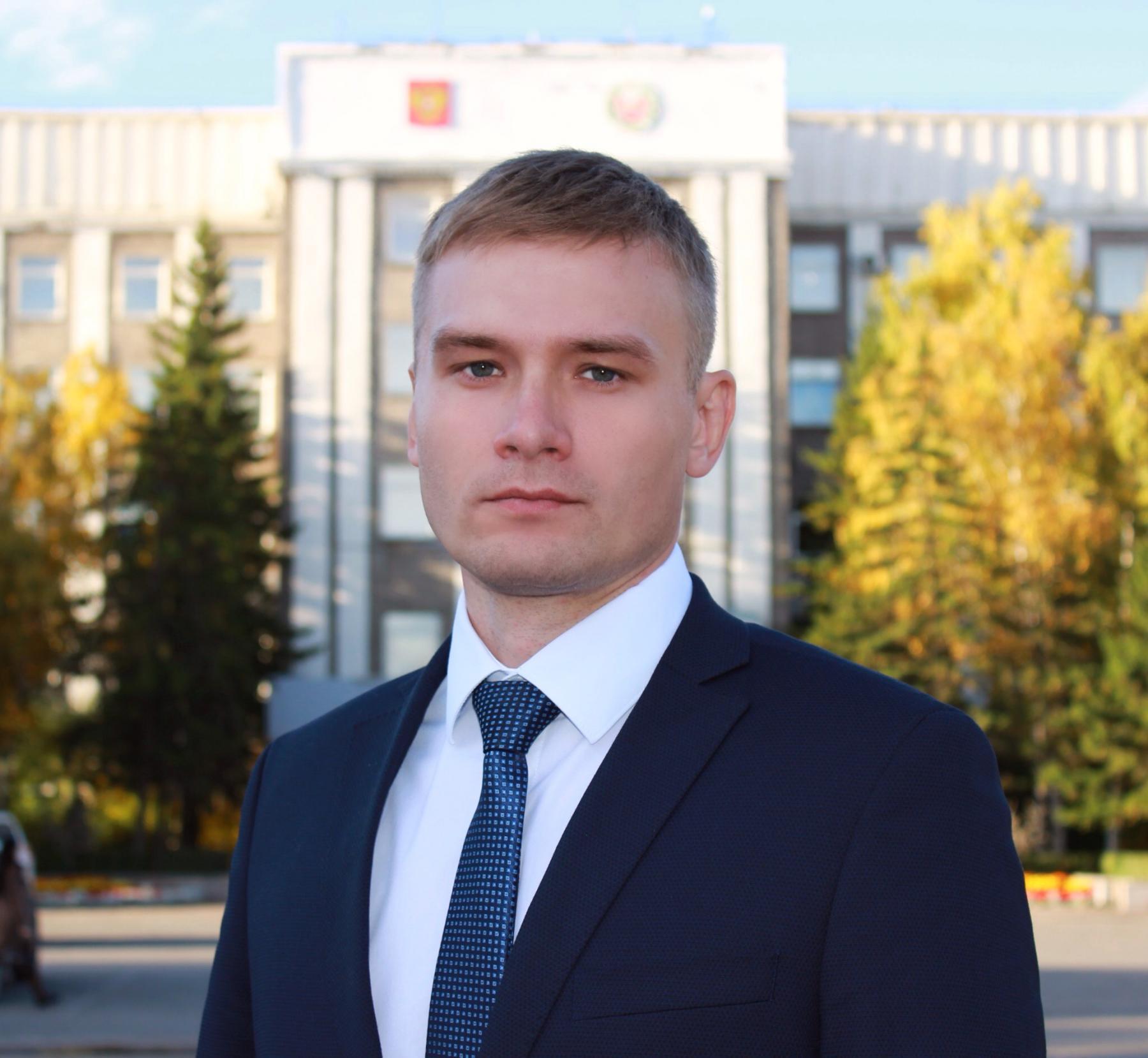 фото Глава сибирского региона занял последнее место в рейтинге губернаторов 2
