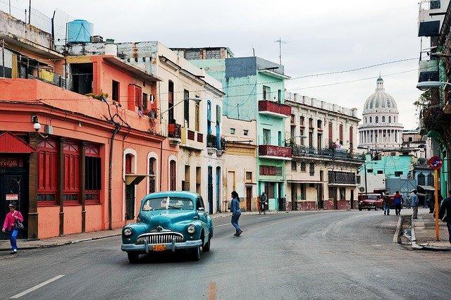 Фото Коронавирус в мире: последние новости о COVID-2019 к 19 июня – запрет на международные перевозки в Панаме, помощь Африке от КНР, открытие Кубы для иностранных туристов 3