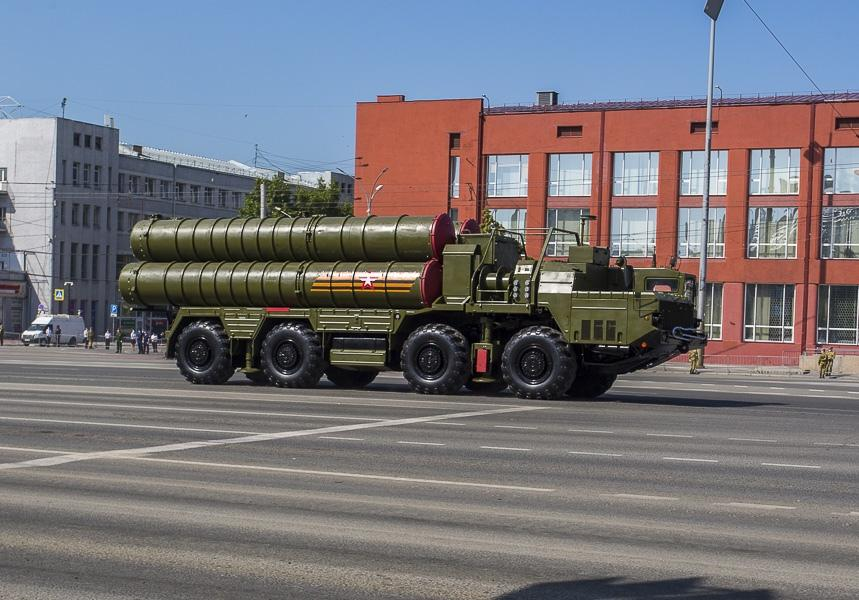 Фото Парад Победы в Новосибирске: лучшие кадры с закрытой для зрителей площади Ленина 18