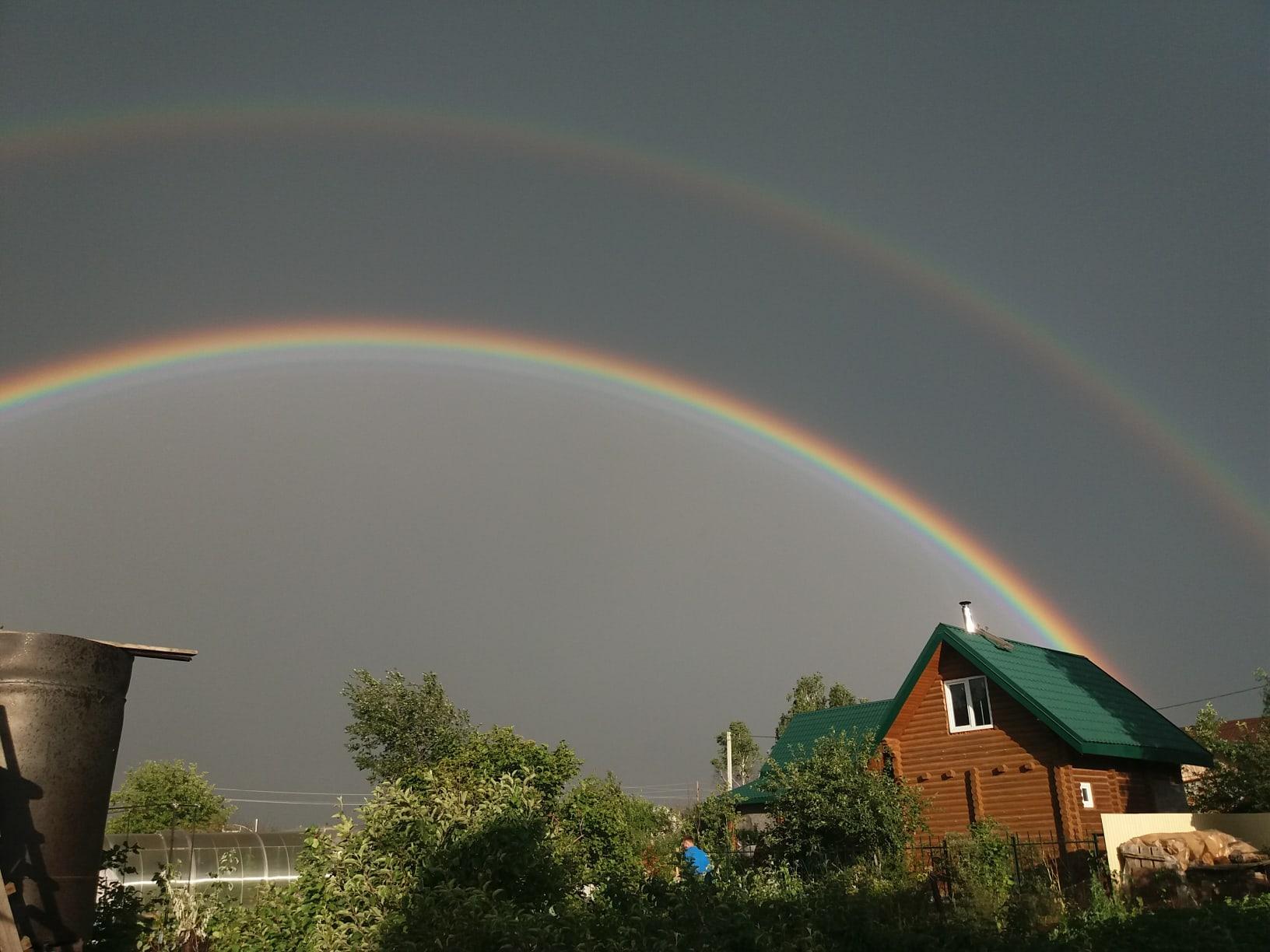 фото В Новосибирске увидели двойную радугу 4