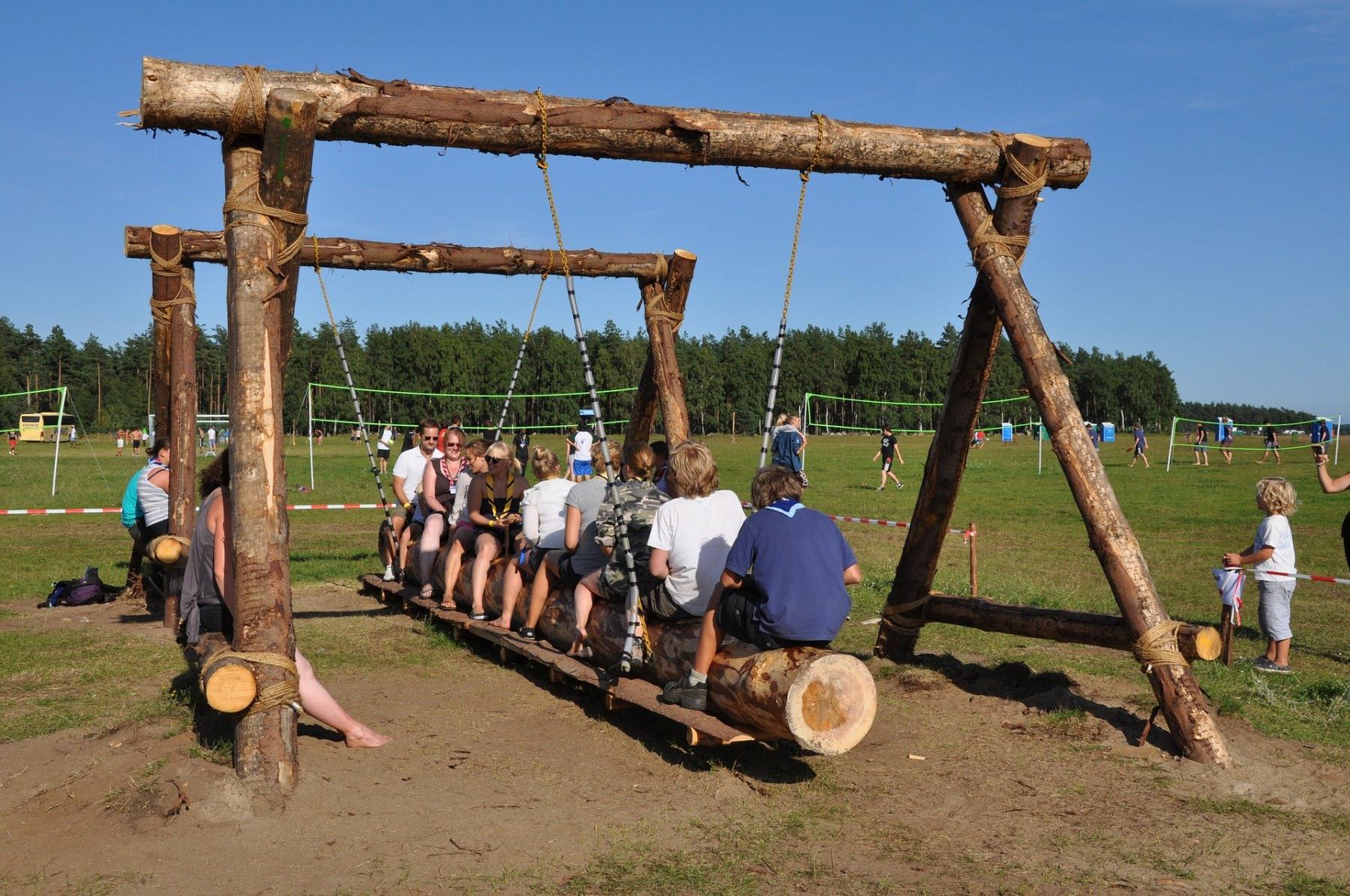 фото С ковидными не контактировал: в летние лагеря Новосибирской области не пустят без специальной справки 2