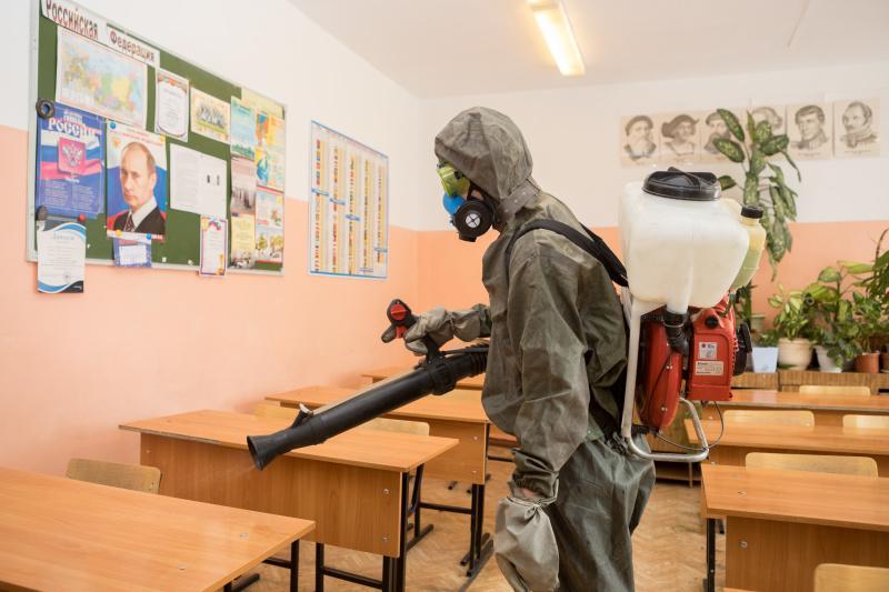 фото Новосибирские школы дезинфицируют перед ЕГЭ 2