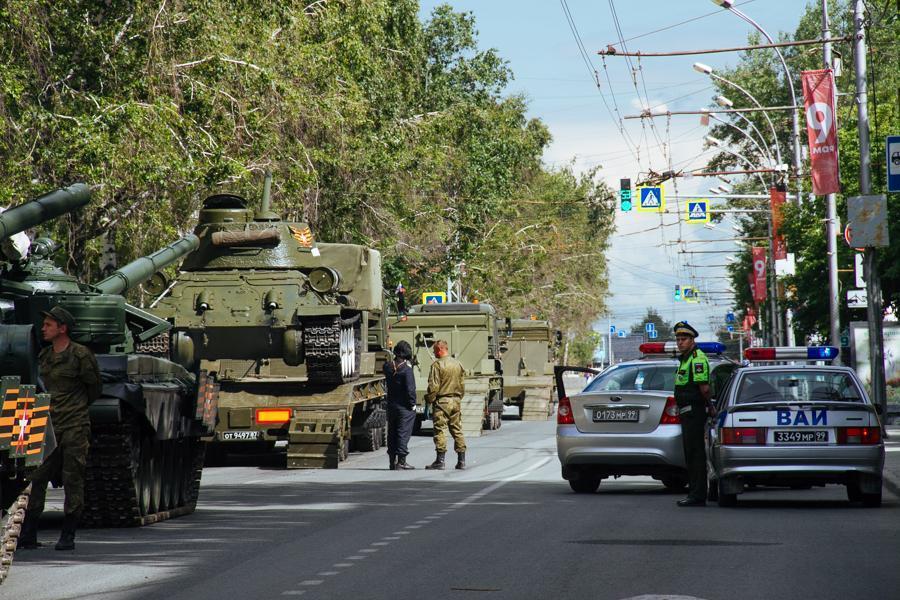 фото Пошли расчёты: в Новосибирске начался парад 4