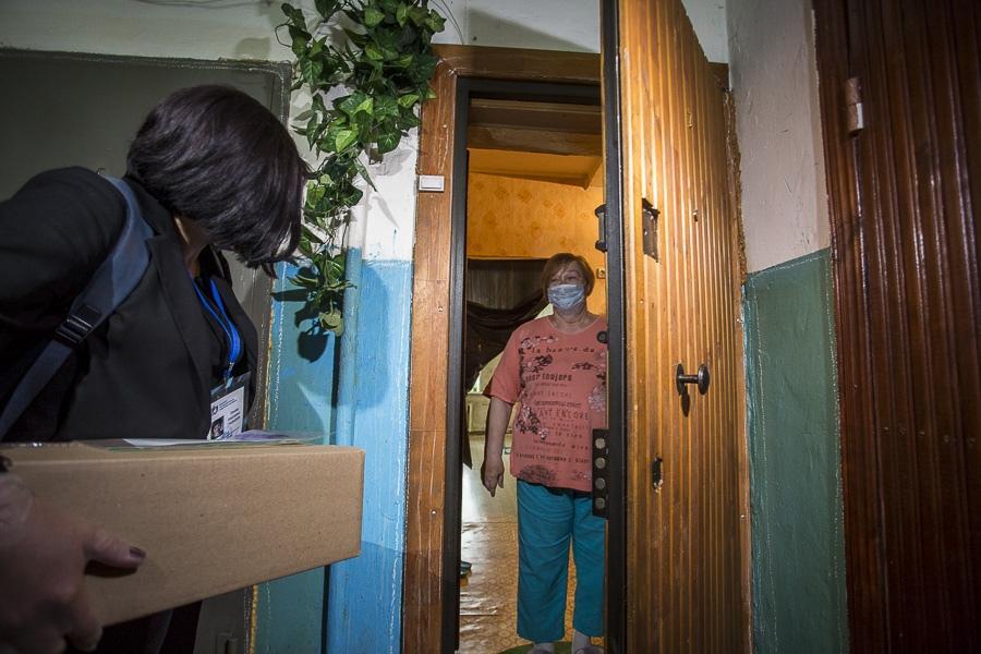 Фото Семь килограммов добра: Сиб.фм выяснил содержимое бесплатного продуктового набора для пенсионеров Новосибирска 8