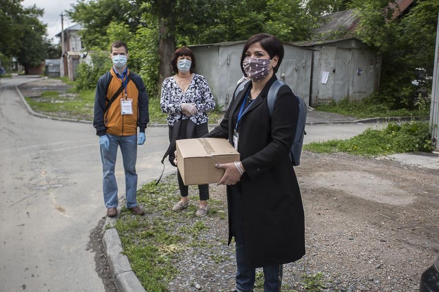 Фото Семь килограммов добра: Сиб.фм выяснил содержимое бесплатного продуктового набора для пенсионеров Новосибирска 4