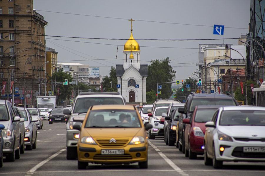 фото «Они косячат, а мне штраф платить?»: новосибирцы жалуются на проблемы с регистрацией автомобилей 6