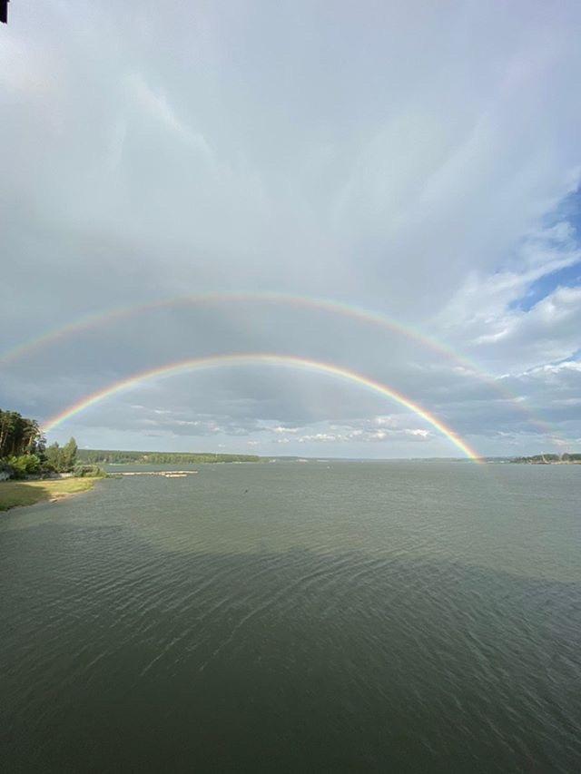 фото В Новосибирске увидели двойную радугу 7