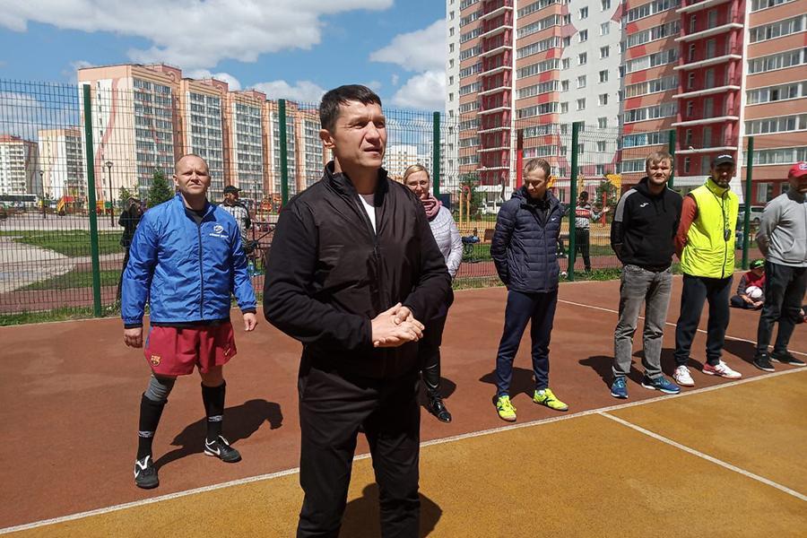 фото В микрорайоне Матрёшкин двор состоялся Открытый кубок по мини-футболу среди дворовых команд 5