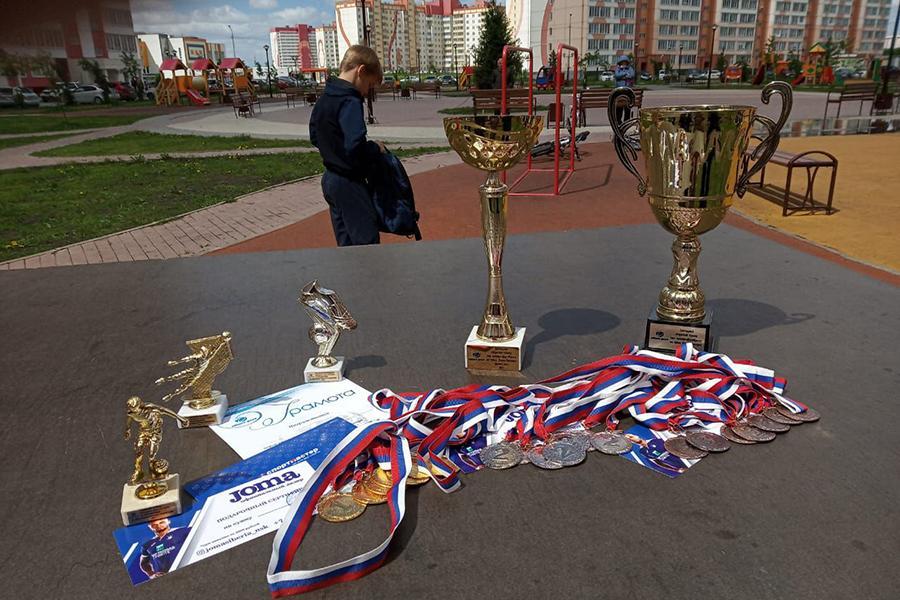 фото В микрорайоне Матрёшкин двор состоялся Открытый кубок по мини-футболу среди дворовых команд 4