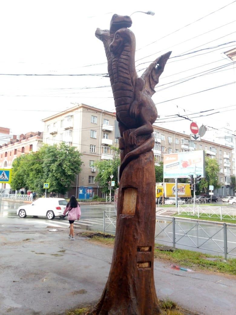 Фото Памятник Змею Горынычу появился на улице Советской в Новосибирске 2