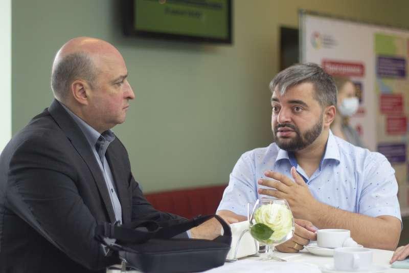 фото Новосибирцев позвали на открытый диалог с СГК и рассказали, почему нельзя летом не отключать горячую воду 6