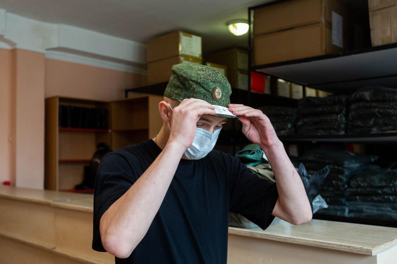 Фото Призывники из Новосибирска отправились на службу в Президентский полк 6
