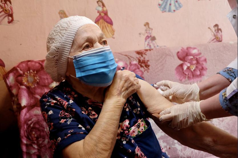 Фото Обязательная вакцинация от коронавируса: кому нельзя делать прививку из-за противопоказаний 2