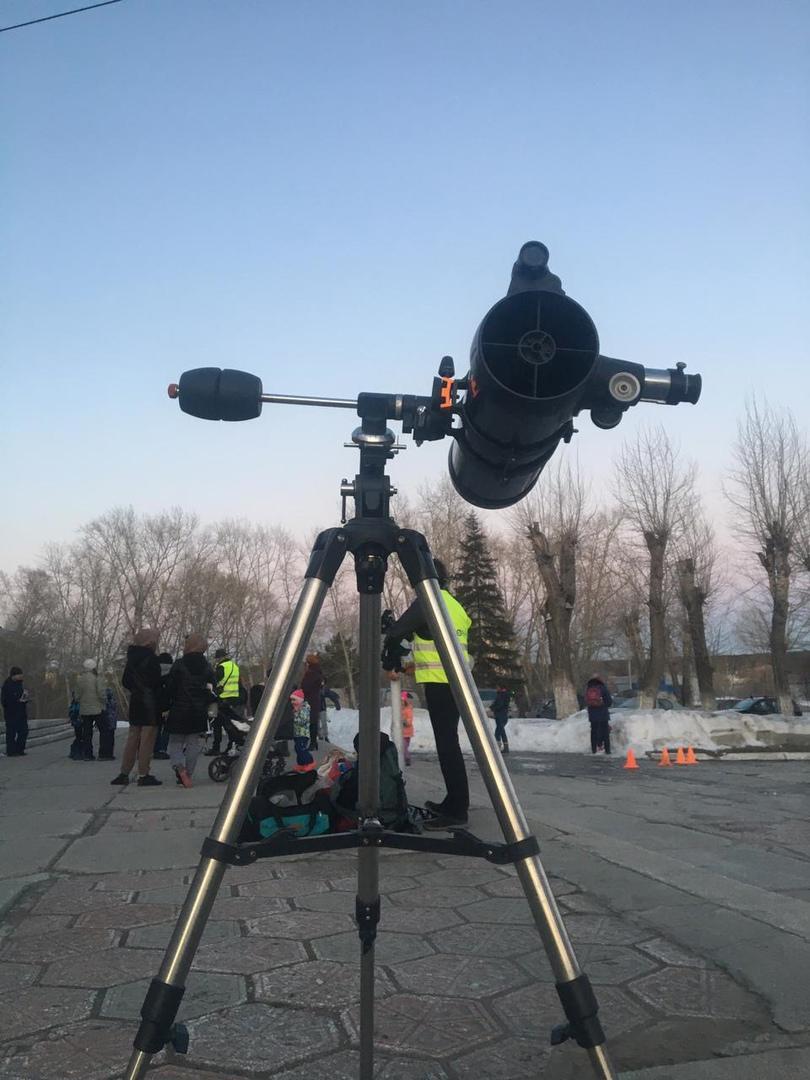 Фото Бесплатные телескопы для наблюдения за солнечным затмением поставят 10 июня в Новосибирске 2