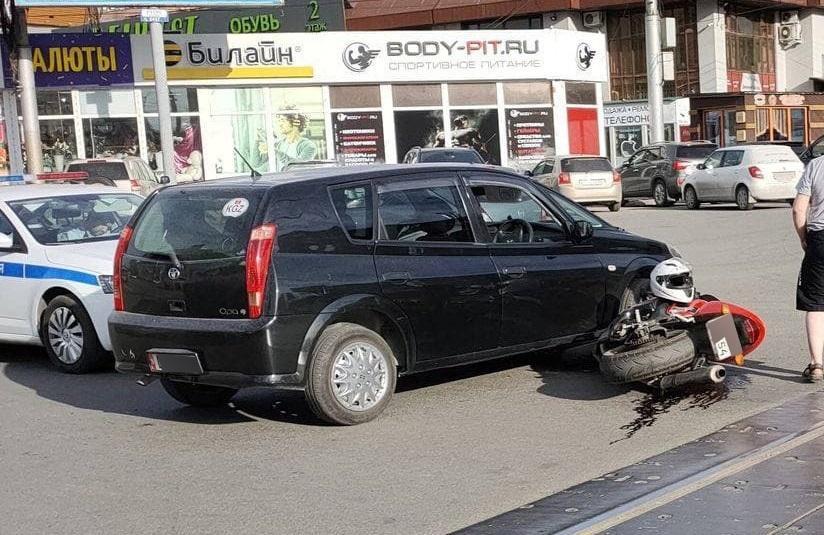 фото Сразу два ДТП с участием мотоциклистов произошло 3 июня в Новосибирске 2