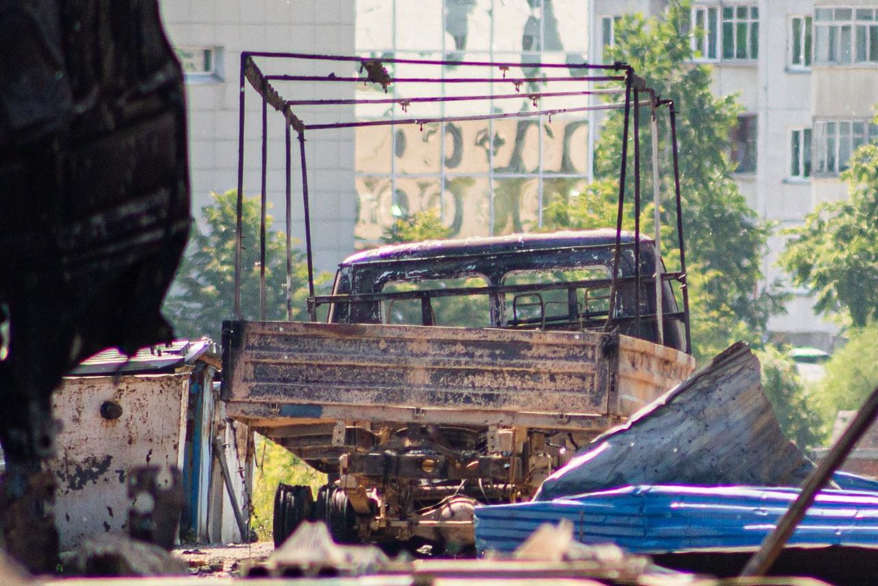фото От бизнеса остался пепел: предприниматели рассказали о многомиллионных убытках после взрыва на АГЗС в Новосибирске 4