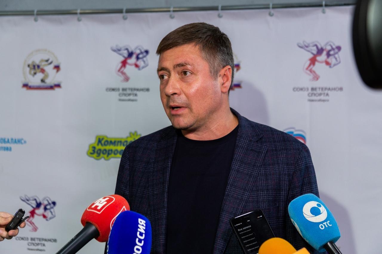 фото В Новосибирске прошли соревнования по греко-римской борьбе памяти Петра Барбашова 7