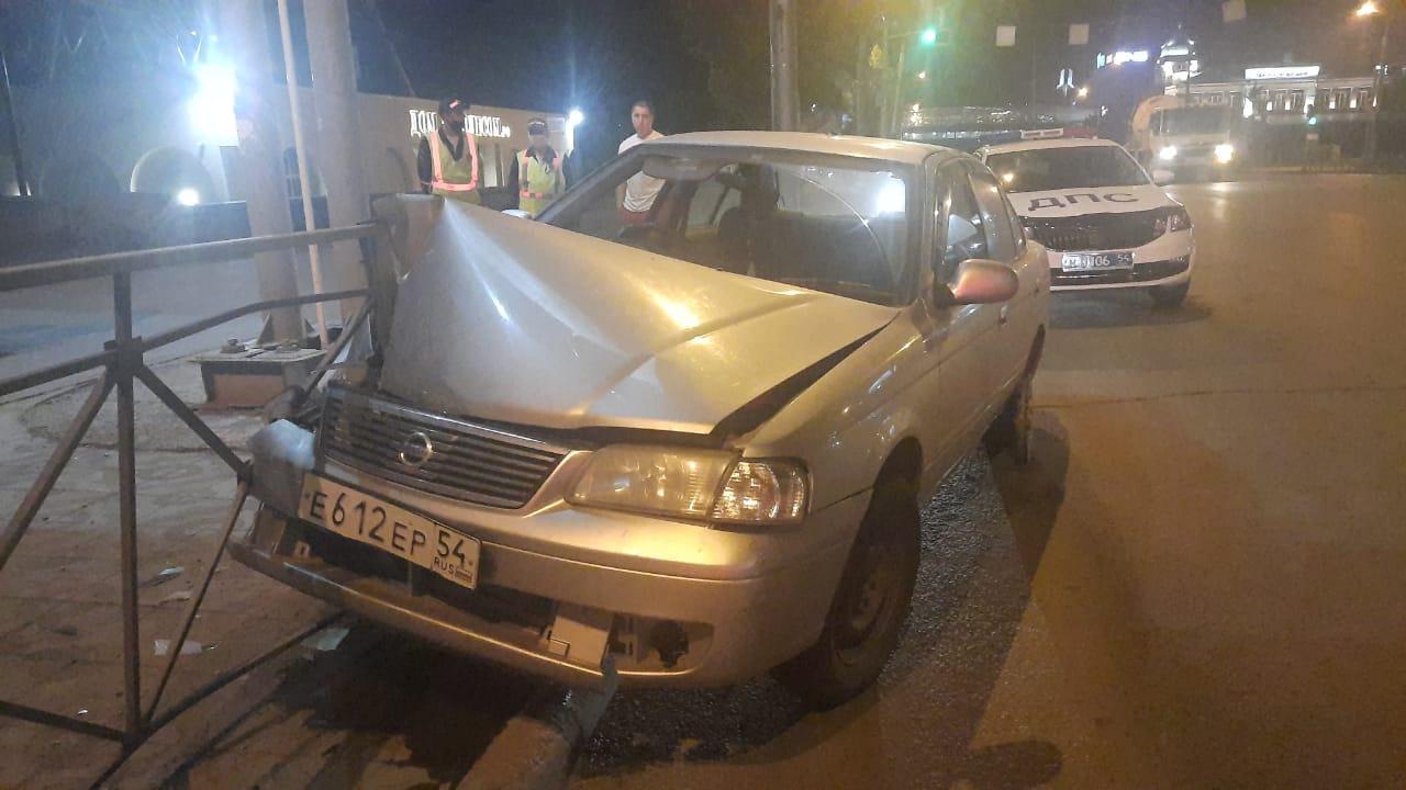 фото Водитель насмерть разбился на Большевистской в Новосибирске 2
