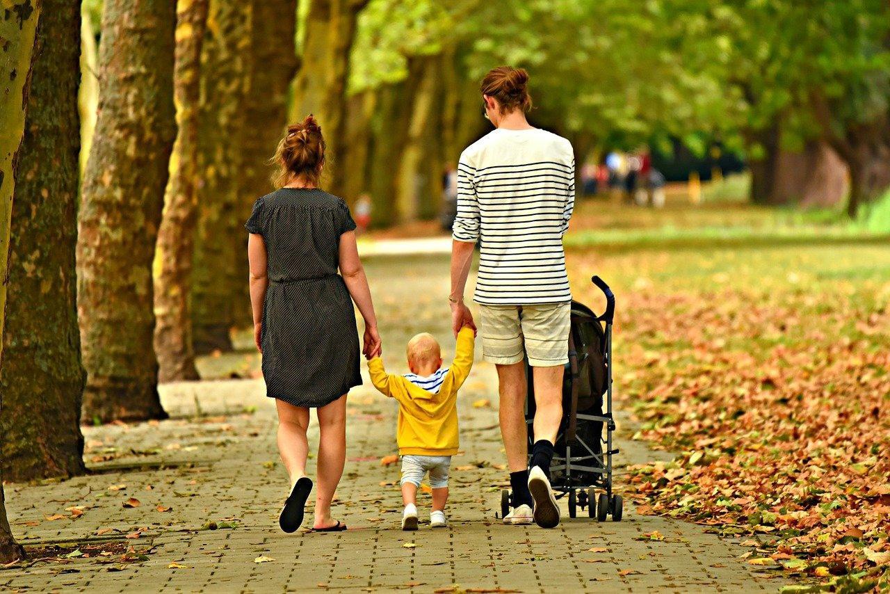 фото «Сынок, почему не звонишь?»: новосибирский психолог о том, как общаться с токсичными родственниками и почему «забывать корни» – это нормально 2