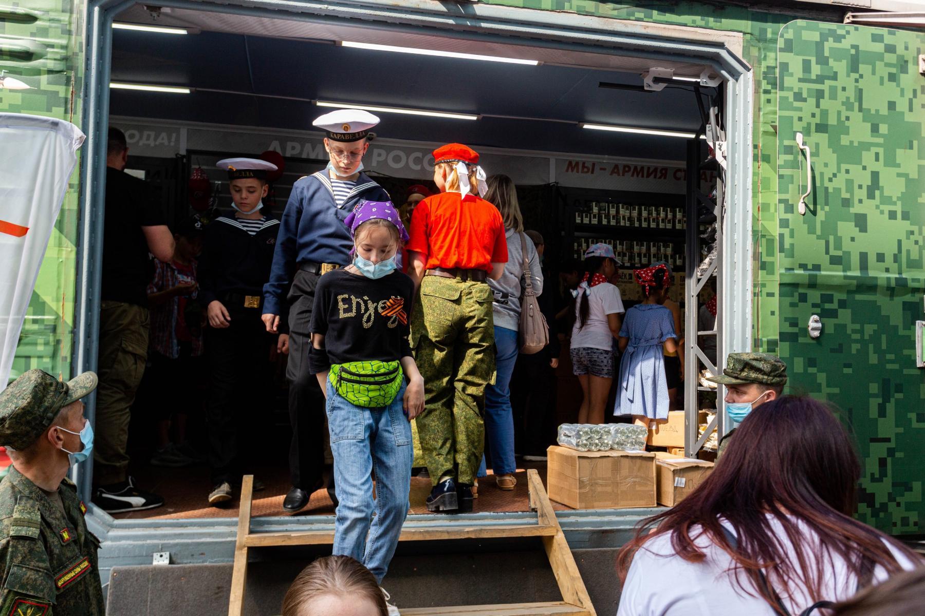 Фото Тематический поезд акции «Мы – армия страны! Мы – армия народа!» прибыл в Новосибирск 6