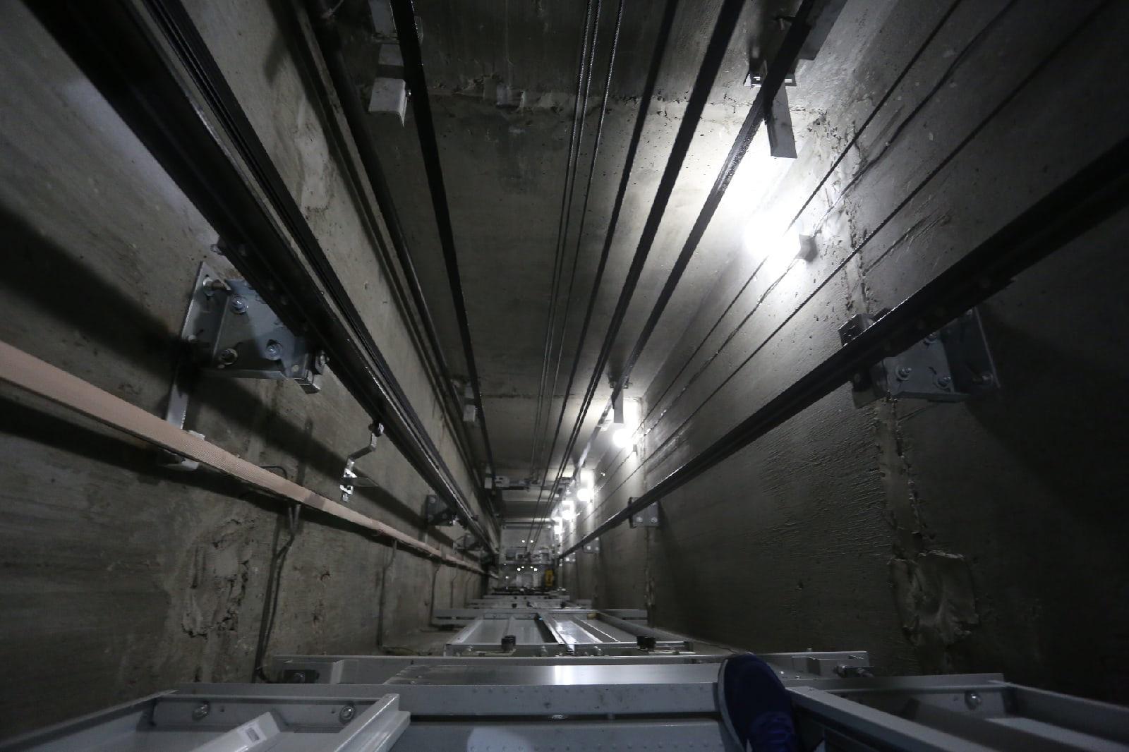 фото Опасный лифт заменили в многоэтажке на Лесосечной в Новосибирске 3