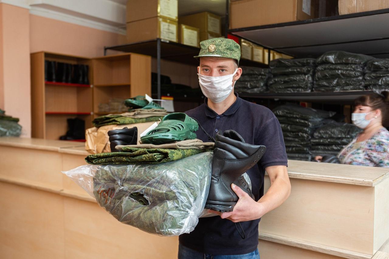 Фото Призывники из Новосибирска отправились на службу в Президентский полк 2