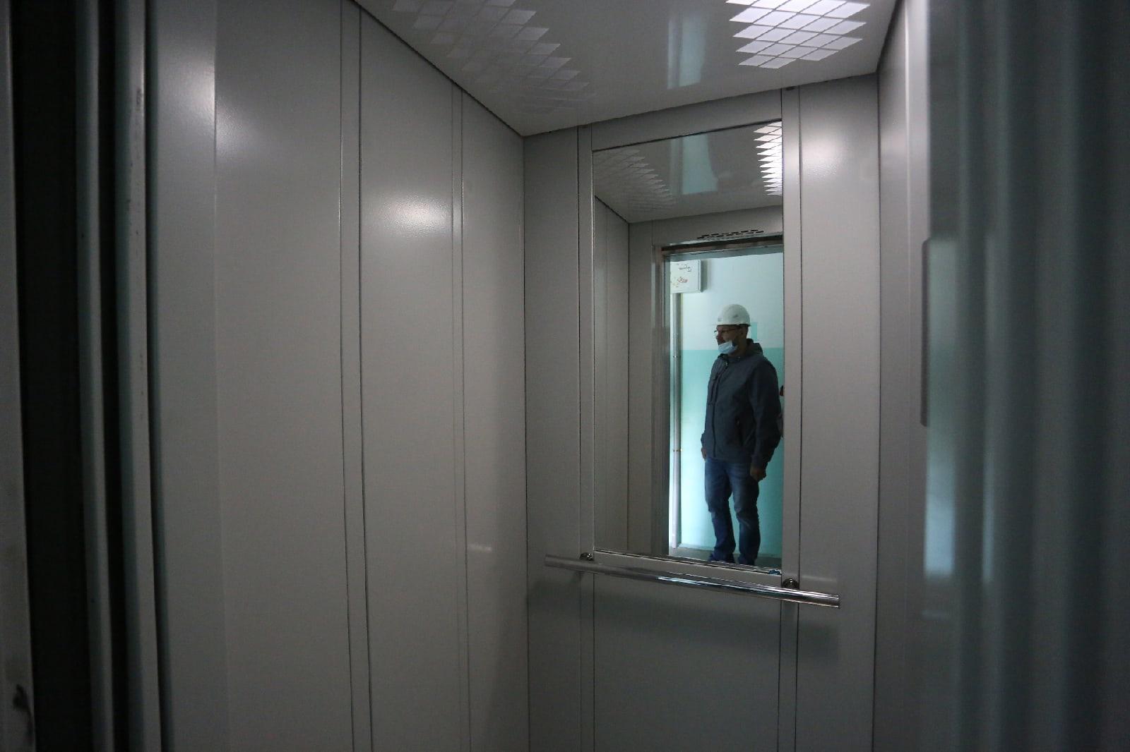 фото Опасный лифт заменили в многоэтажке на Лесосечной в Новосибирске 4