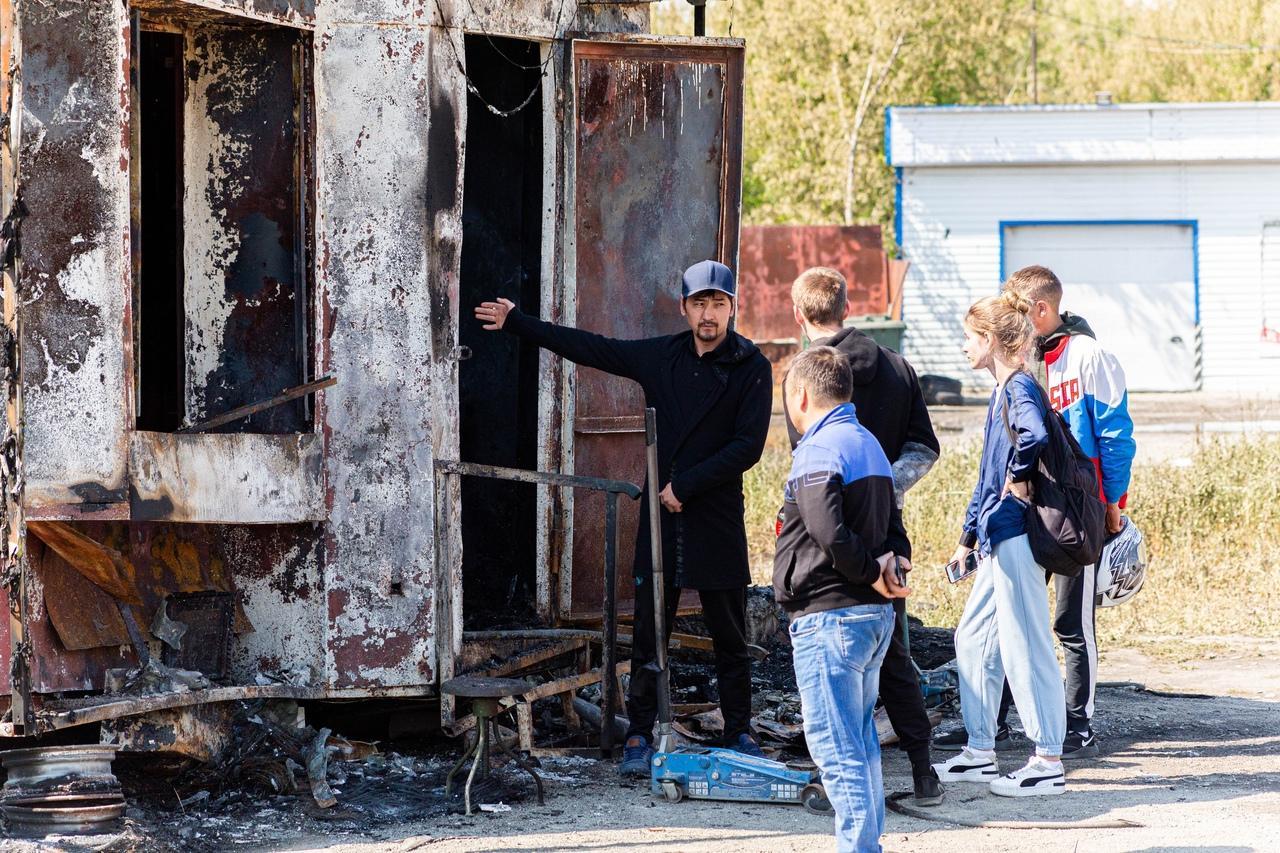 фото От бизнеса остался пепел: предприниматели рассказали о многомиллионных убытках после взрыва на АГЗС в Новосибирске 7