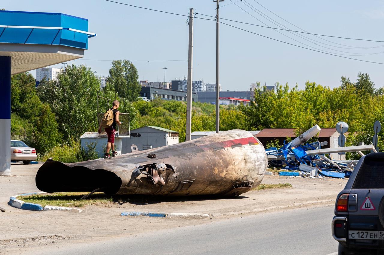 фото От бизнеса остался пепел: предприниматели рассказали о многомиллионных убытках после взрыва на АГЗС в Новосибирске 10
