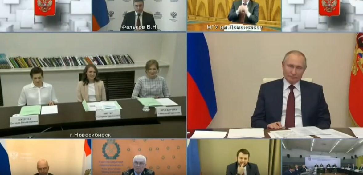 Фото Россияне готовят новые обращения к 30 июня: что стало с теми, кто звонил с вопросами президенту Путину на прямую линию 4