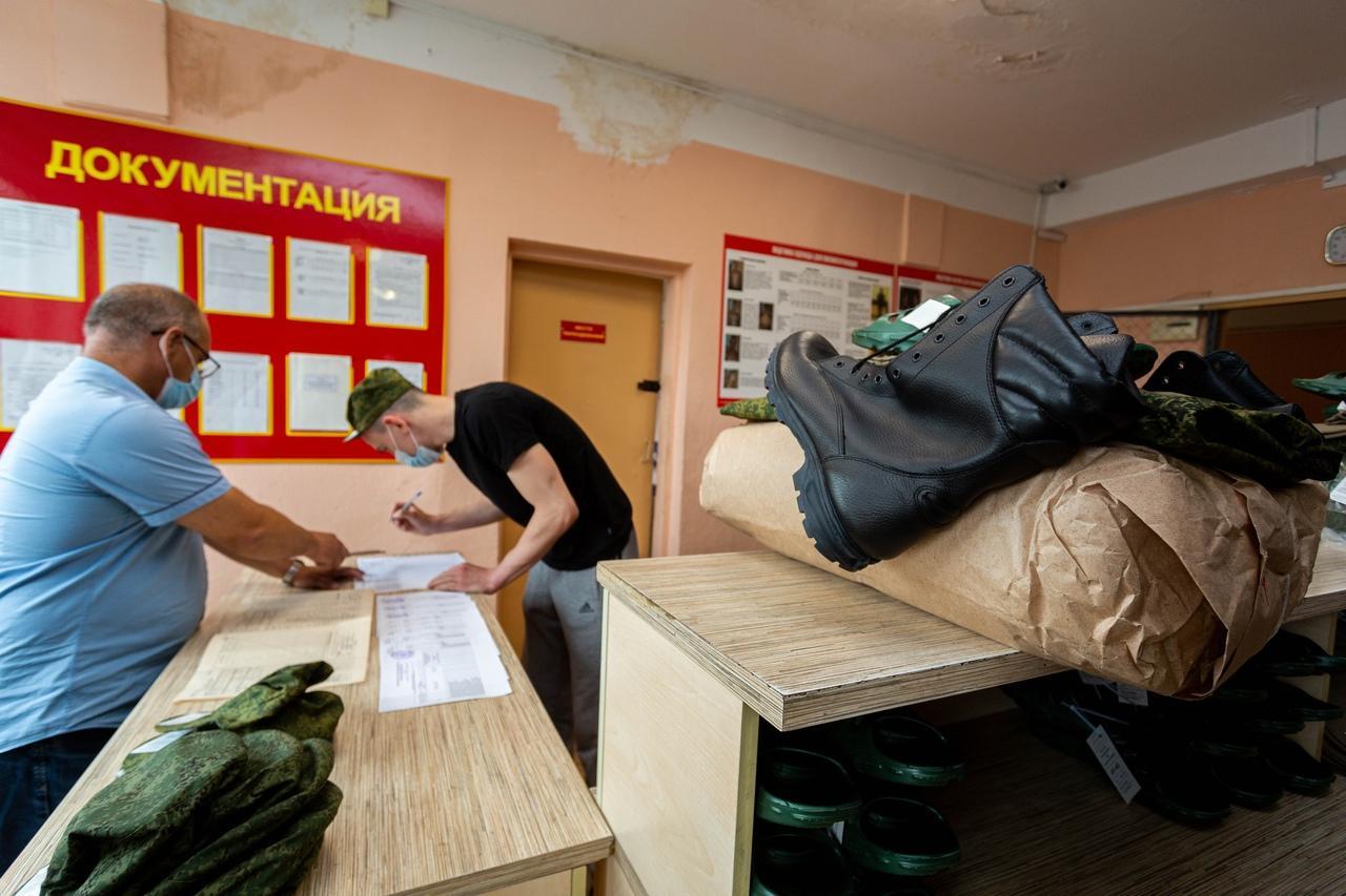 Фото Призывники из Новосибирска отправились на службу в Президентский полк 5