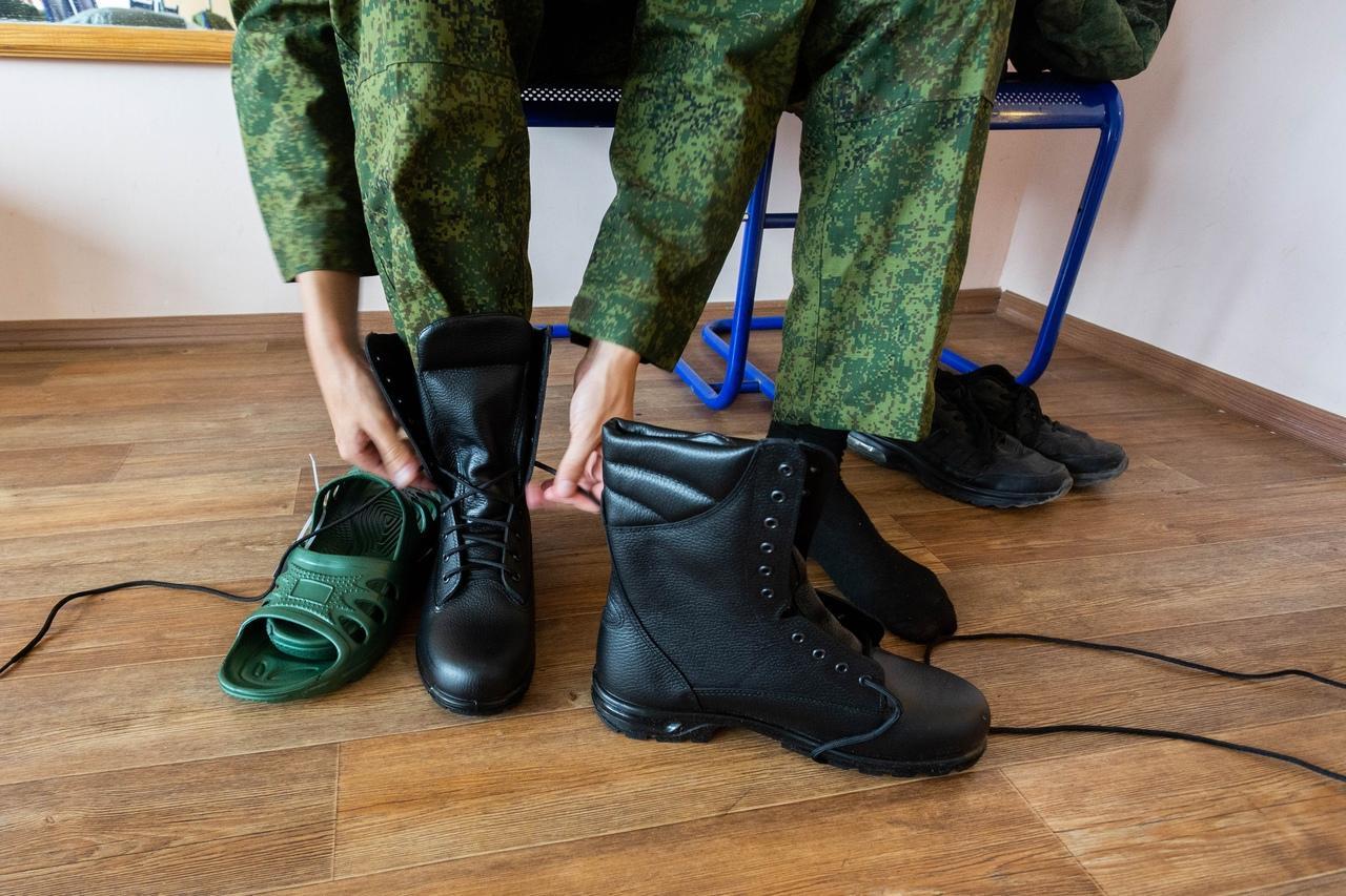 Фото Призывники из Новосибирска отправились на службу в Президентский полк 4