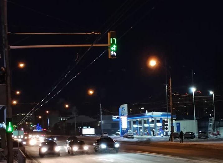 Фото Умные светофоры с обратной связью появились в Новосибирске: как они работают и почему их так мало 2