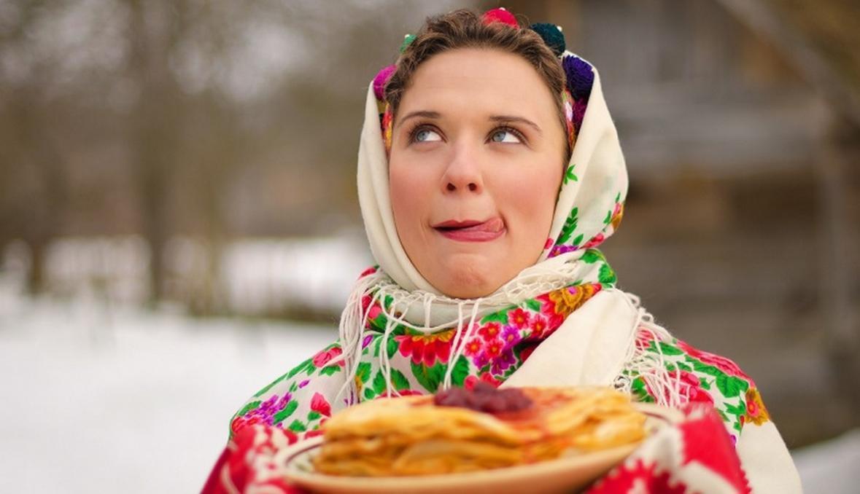 фото Сибирякам раскрыли максимально допустимую порцию блинов на Масленицу 2