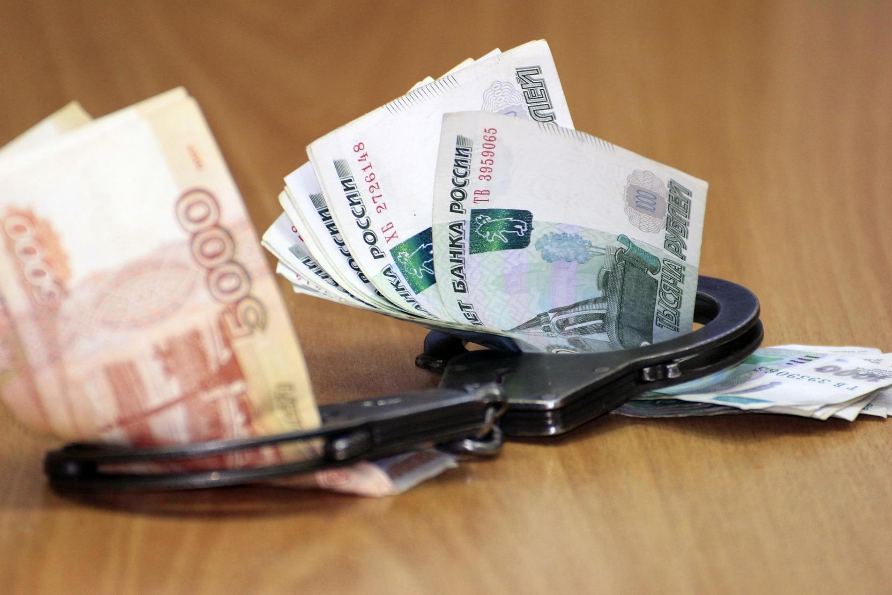 фото Коррупционный скандал в дорожной отрасли, награда от Путина и труп мужчины в центре Бердска: главные новости 30 марта 2021 года – в одном материале 4