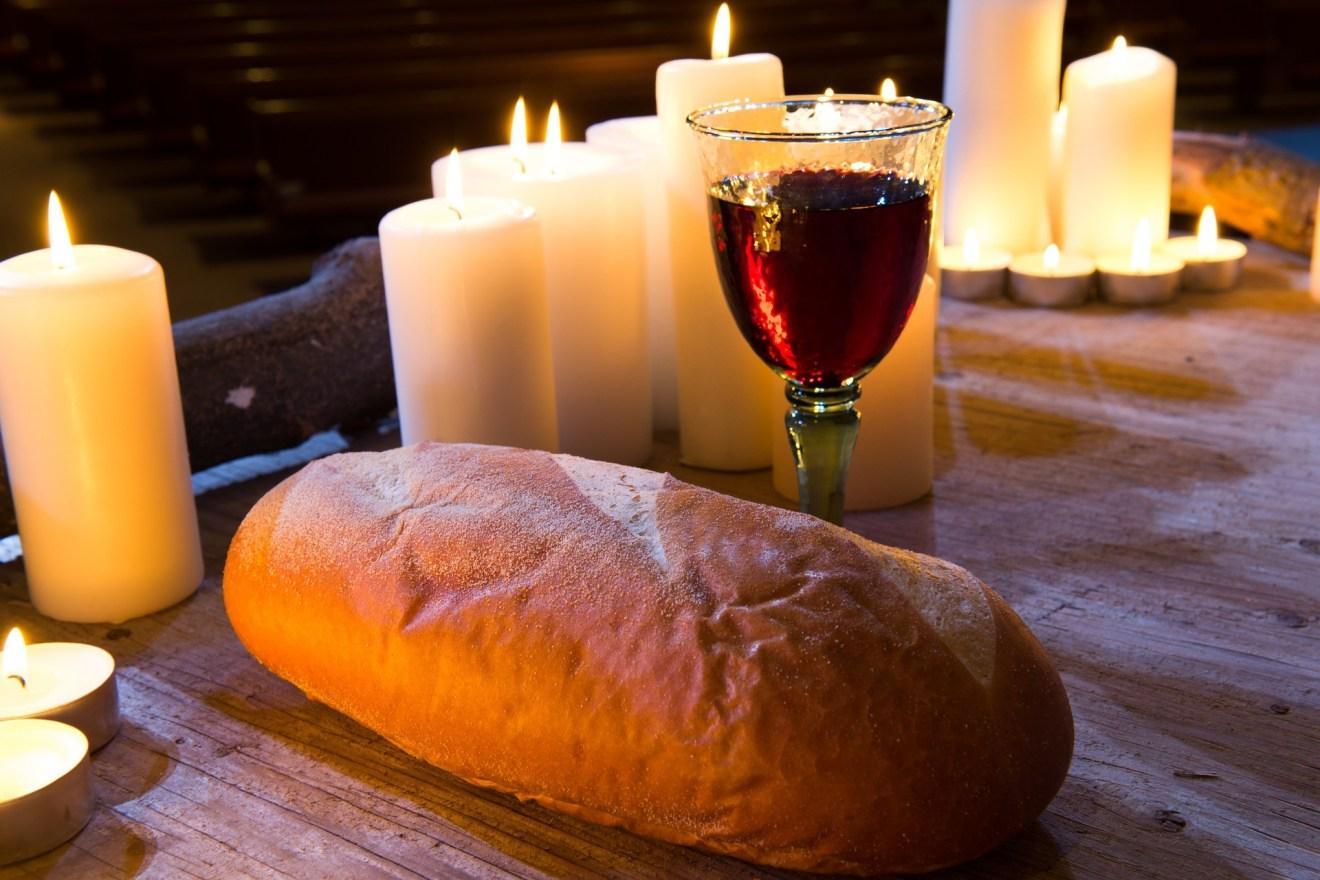 Фото Красное вино в Великий пост: можно ли верующим пропустить бокальчик-другой сухого 3