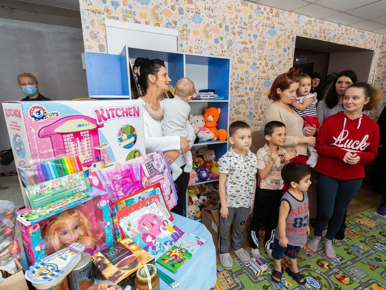 Фото «Награда за годы страданий и голода»: фоторепортаж из новосибирского центра «Мать и дитя», в котором обрели дом уже 8 семей 8