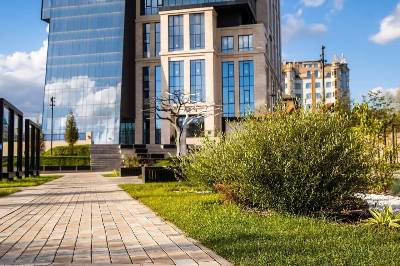 фото Игорь Панфилов – о реанимации зависших строек, переделке сумрачных районов и грядущей модернизации Новосибирска 8