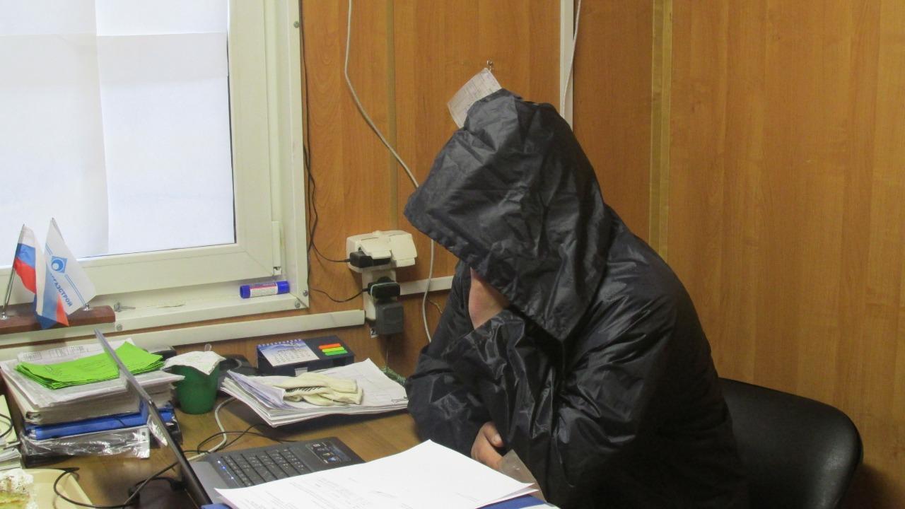 фото «Шеф у нас любил устраивать попойки»: сибирячки рассказали о своих служебных романах 12