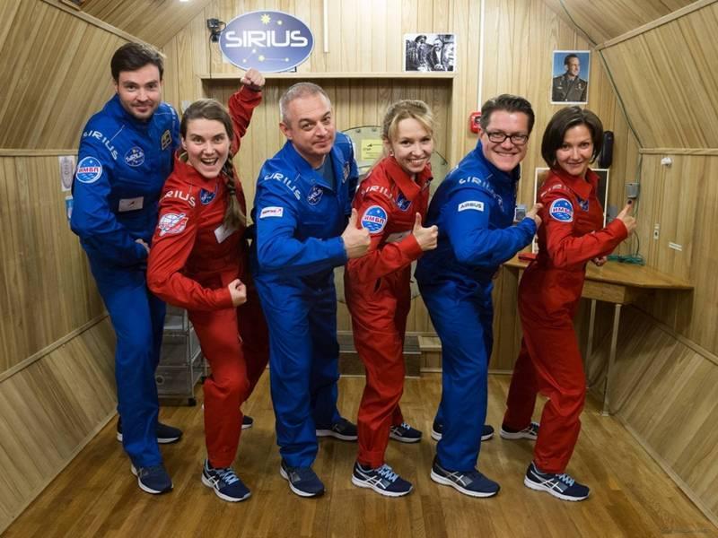 фото Космонавтка из Новосибирска готовится к первому полёту на МКС 2
