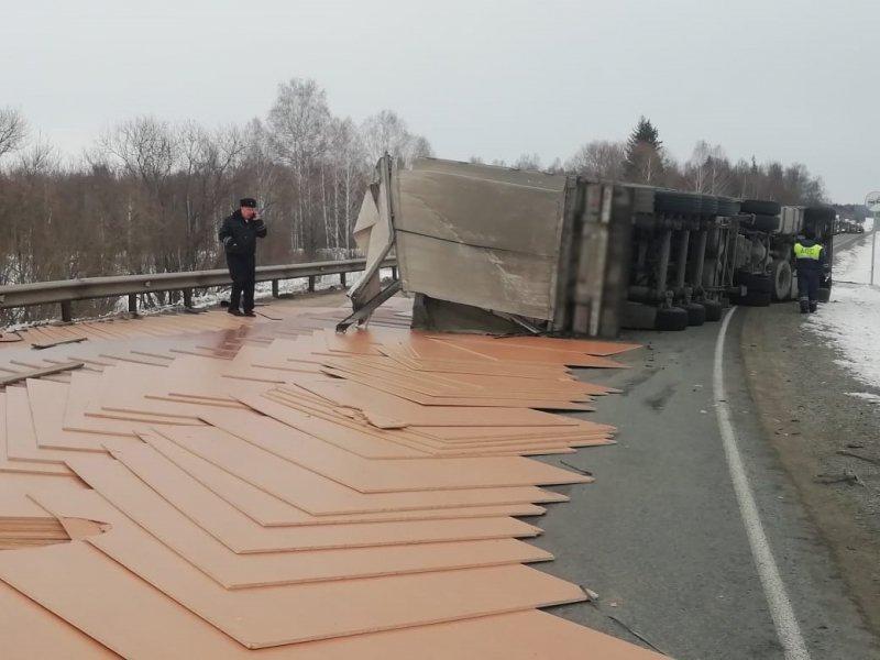Фото Водитель погиб на трассе Томск-Мариинск - фото 4