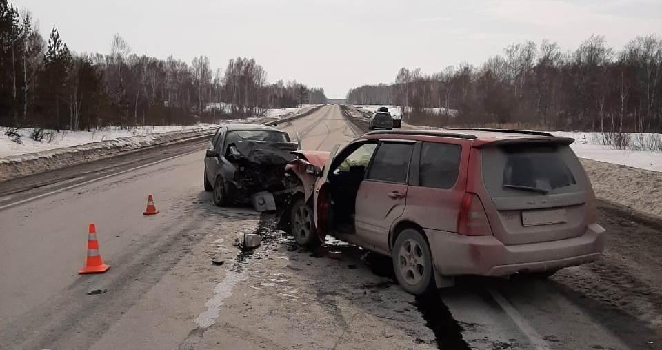 фото Пассажирка Subaru погибла после лобового ДТП под Новосибирском 2