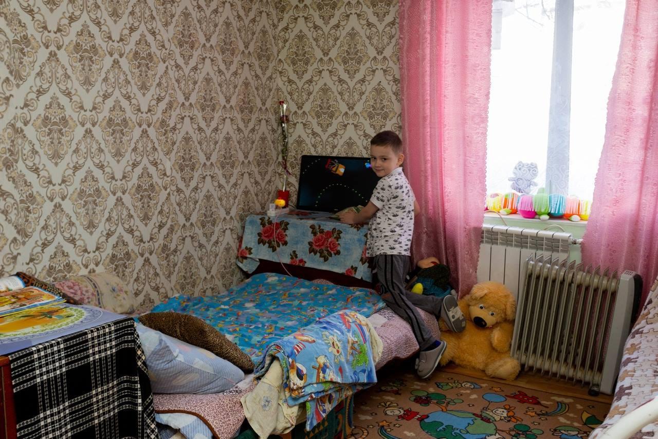 Фото «Награда за годы страданий и голода»: фоторепортаж из новосибирского центра «Мать и дитя», в котором обрели дом уже 8 семей 4