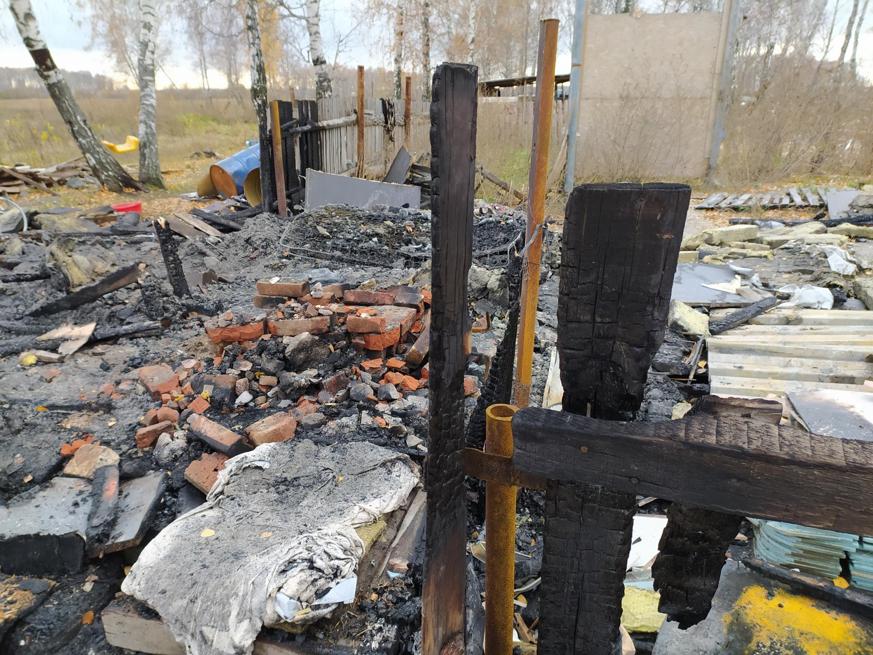 Фото В Новосибирске будут судить родителей за гибель троих детей на пожаре 2