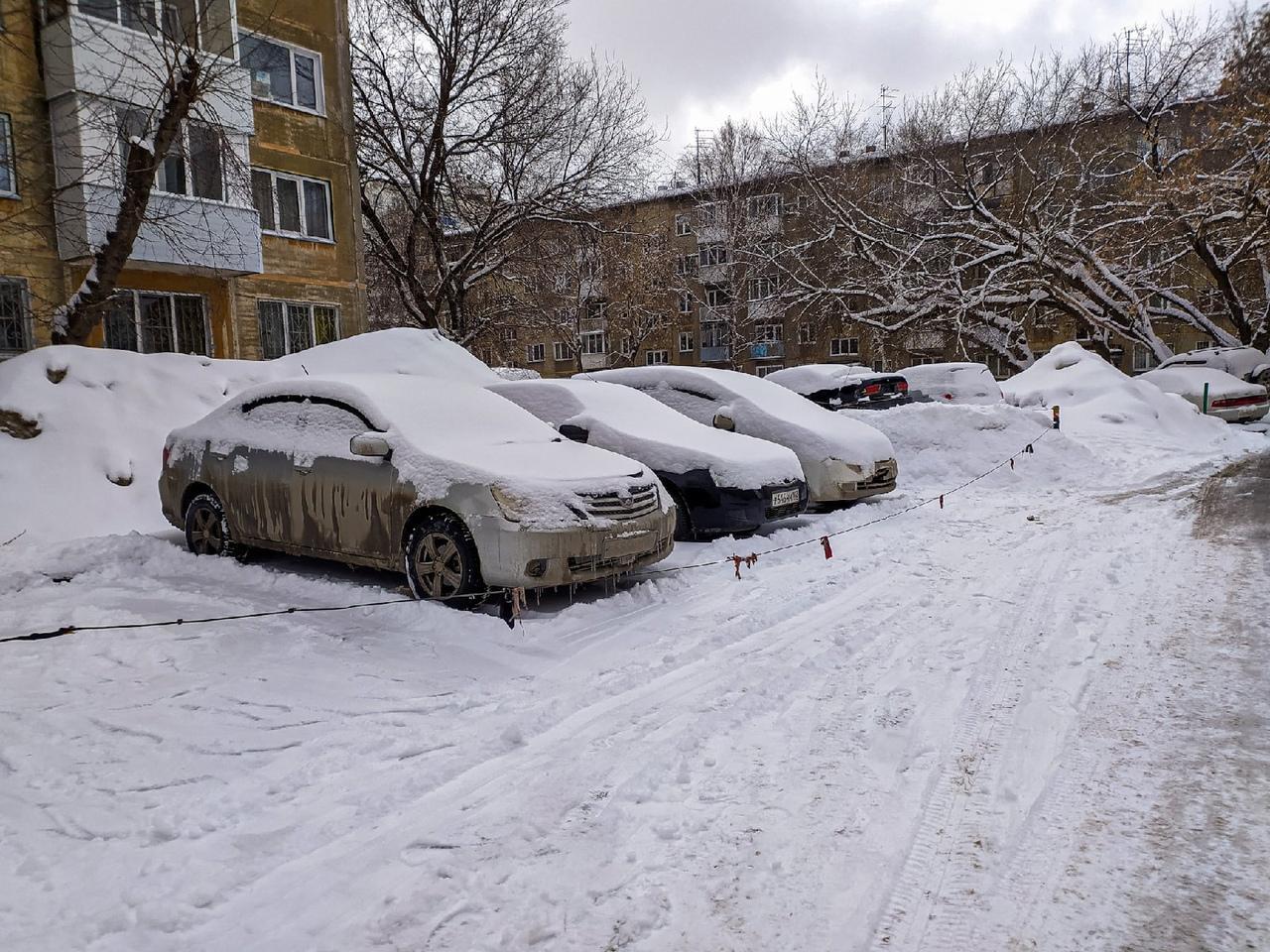 фото Новосибирск завалило снегом в ночь на 30 марта 2021 года 3